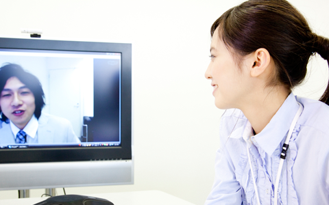 双方向のビデオチャットシステム開発について